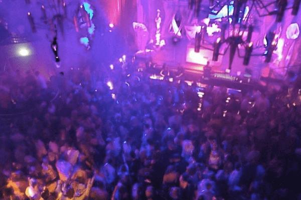 Nachtresidenz - Clubbing beim JGA in Düsseldorf
